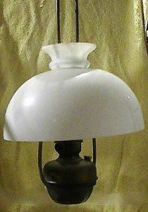 mensa fonds antieke lamp