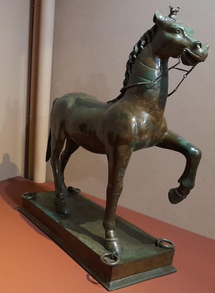 Musée d'Histoire et d'Archéologie in Orleans trésor bronze neuvy-en-sullias horse